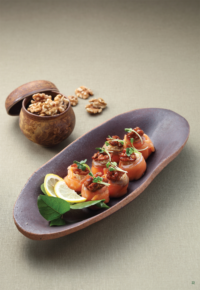california walnut salmon roll