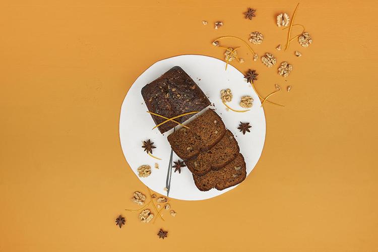 호두 당근 스펀지 케이크